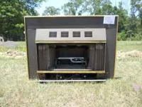 Gas log insert runs on propane. Includes grate. No