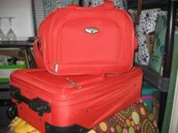 Bright and sweet lil orange luggage set. This set is
