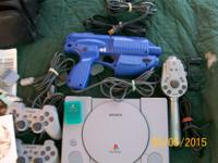 ps 1 good working condition plays games and music all