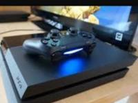 3 ps4 joysticks 3 games on ps4 and Xbox1 and 4 games on