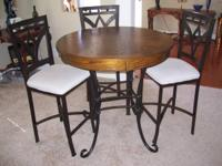For sale pub table with 3 chairs , excellent condition!