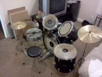 Here i have a Pulse Percussion Drum Set that ive been