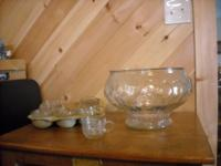 PUNCH BOWL SET WITH 8 CUPS Great for Parties,