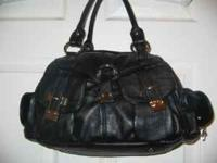 NEW AND LIKE NEW CONDITION PURSES AND HANDBAGS FOR