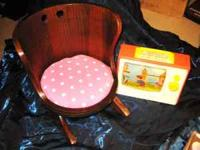 "BEAUTIFUL ""PUTNEY VERMONT"" CHILDRENS ROCKER / ROCKING"