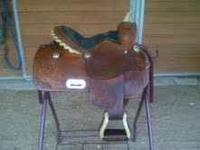 This is a very nice western saddle made by Double T