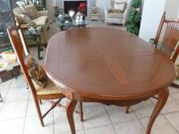 CHERRY WOOD DINNING TABLE ROUND WITH 2.5 FT LEAF, 6