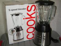 Quality JCP Home COOKS 5-Speed BLENDER with Box:. Model