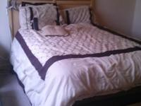 Type:Furniture Queen Sized Bedroom set for sale by