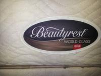 Selling my Queen Mattress Simmons Beautyrest Worldclass