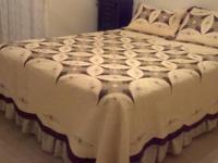 Nice gently used(spare guest room) Queen size bed