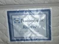 We have a Queen size Sealy Posturepedic Reserve