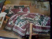 Queen size quilt & shams. Bought at JC Penney in Terre