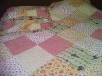 84*96 Queen size with two matching pillow shams. Bought