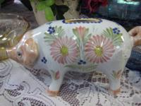 Lovable QUIMPER PIG - France - PIG or PIGGY BANK