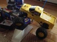 R/C Racing Monster Truck-Traxxas Stampede 7.2 Volt