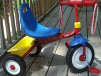 RADIO FLYER FOLD 2 GO $30.00 FIRM EXCELLANT CONDITION