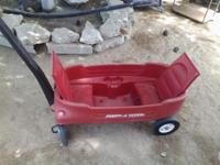 Radio Flyer Model 2700 Kids Wagon. Great condition.