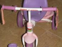 This trike is perfect for your toddler little girl! It
