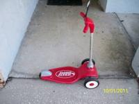 Selling 3 wheel Radio Flyer scooter. Very little use.