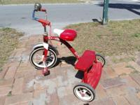 Awesome trike with double steps and adjustable seat