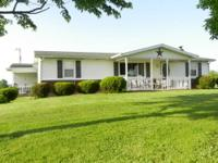 Quiet Country setting on 1 1/4 acres,3 bedroom,2 FULL