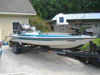 1997 mint condition 150 johnson loaded 18'.Kept dry low