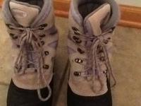 Ranger womens gray and purple snow boots, size 7, used