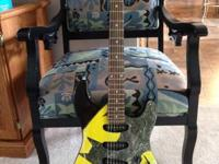Rare batman guitar! Looks sweet! Played only a few
