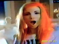 { RARE PICTURE OF GIRL SINGER ( PARAMORE ) SHOT FROM