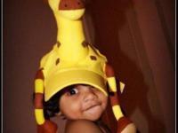 Beautiful Giraffe cap for kids Very rarely used.