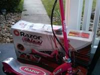 Like new hot pink. Razor E100 Electric Scooter. Just 6