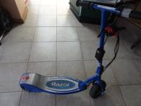 FOR SALE IS A USED RAZOR E300 24VOLT ELECTRIC SCOOTER