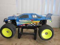 RC NITRO 1/8 SCALE XTM MAMMOTH FOR SALE , i had this