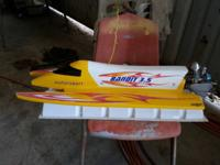 this is a bandit 3.5 tunnel hull rc racer boat this