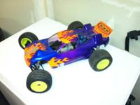 "I've got for sale a nice ""lot"" of 1/10th scale RC car"
