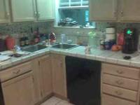Kitchen cabinets for sale,good condition.email or call