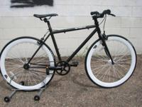 Repaired gear single rate fixie bicycle with deep-dish