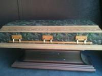 Like new condition REAL TREE CAMO N OAK COFFIN WITH