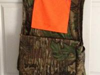 Walls turkey hunting vest, size large worn once, has
