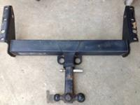 Receiver hitch with 3-ball mount and lock. Ball sizes