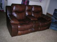 Like new Catnapper Browns Leather power reclining