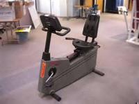 GOOD CONDITION RECUMBENT BIKE COMMERCIAL LIFE FITNESS