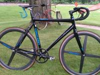 This bike is in good codition, 6yrs old grey in coler