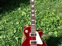 For sale: an utilized AL-2500 Les Paul copy. The guitar