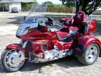 Beautiful Candy Red '92 Honda Goldwing with 50,782