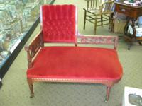 BEAUTIFUL RED VELOUR CHATTER BENCH OR SOFA. IN