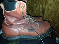 91/2 red wind steel toe shoes Brand new conditions