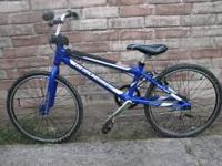 Im selling a blue black and silver Redline it looks
