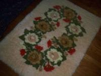 For sale is a beautiful vintage homemade hook rug it is